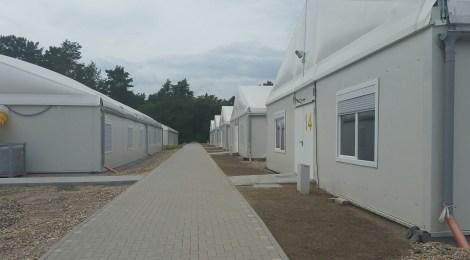 Besuch in städtischem Klinikum und Erstaufnahmeeinrichtungen in Eisenhüttenstadt