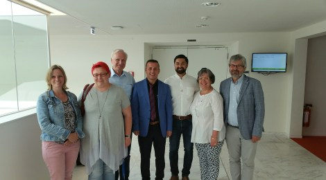 Besuch des Leiters des yezidischen Flüchtlingscamps Esyan, Diyar Bibo Haji, im Landtag
