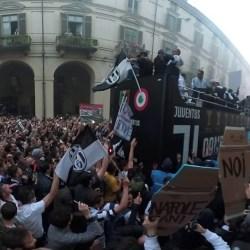 #MY7H 360: festa scudetto Juventus 2017-18 ripresa a 360°. Torino, Via Po, 19/05/2018 - VIDEO