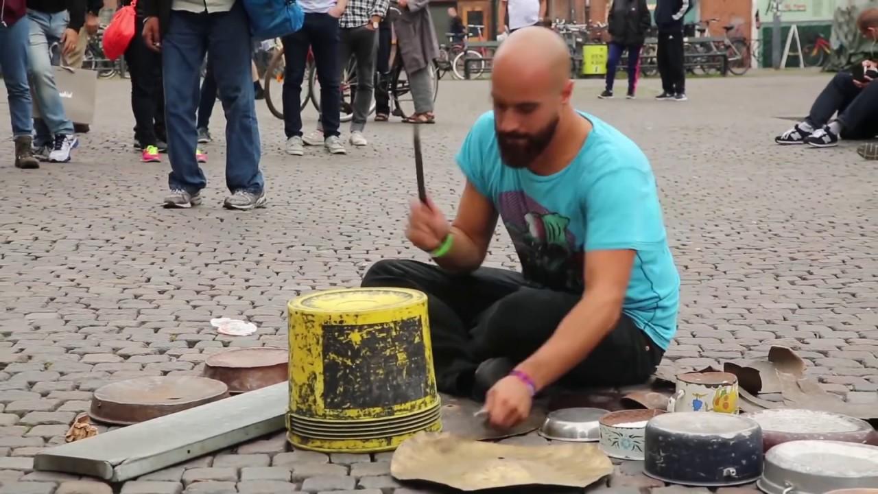 Amazing techno street drummer Dario Rossi (YouTube)