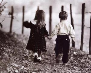 boy-girl-holding-hands-ka_large