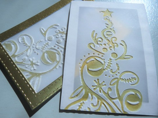 couture-creations-bauble-tree-embossing-nov16-1