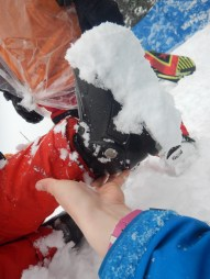 Kinderen met hakkeschoenen