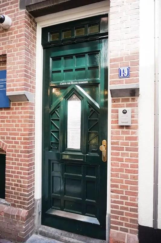 Haarlem Netherlands Travel Guide | Amsterdam travel guide | Netherlands day trip #europetravelguide #europetraveltips #netherlands #haarlem #corrietenboom