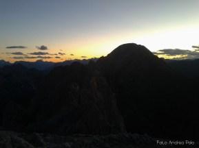 La notte incombe dalla cima del Monte Avanza