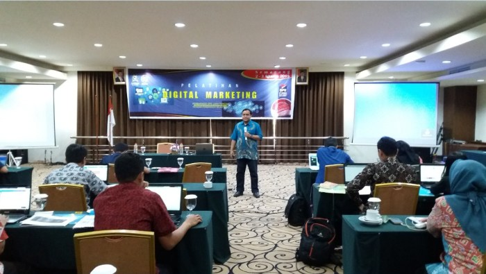 Pelatihan Digital Marketing PERBARINDO Bank BPR