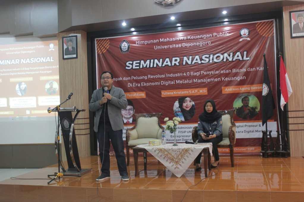 Pembicara Seminar Digital Marketing Kampus UNDIP Semarang