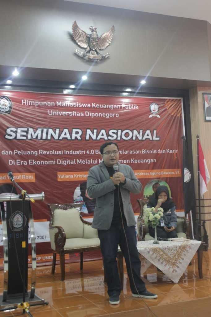 Pembicara Seminar Nasional Digital Marketing