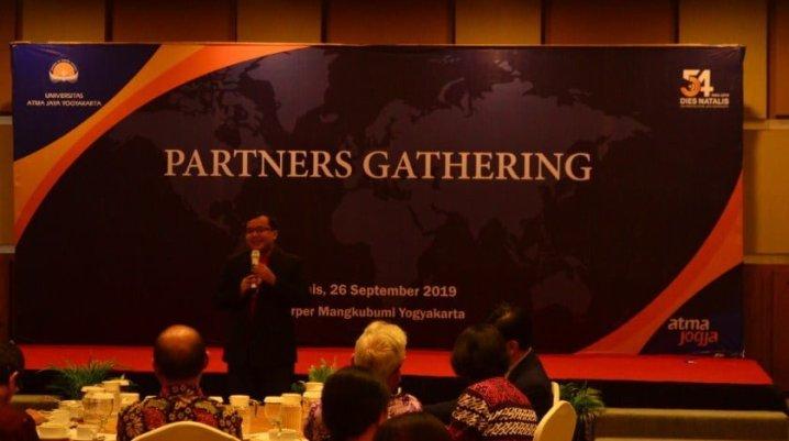 Pembicara Bisnis Terkenal di Medan