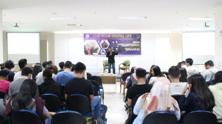 Pembicara Bisnis Terkenal di Makassar