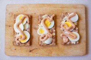 swedish caviar on sandwich