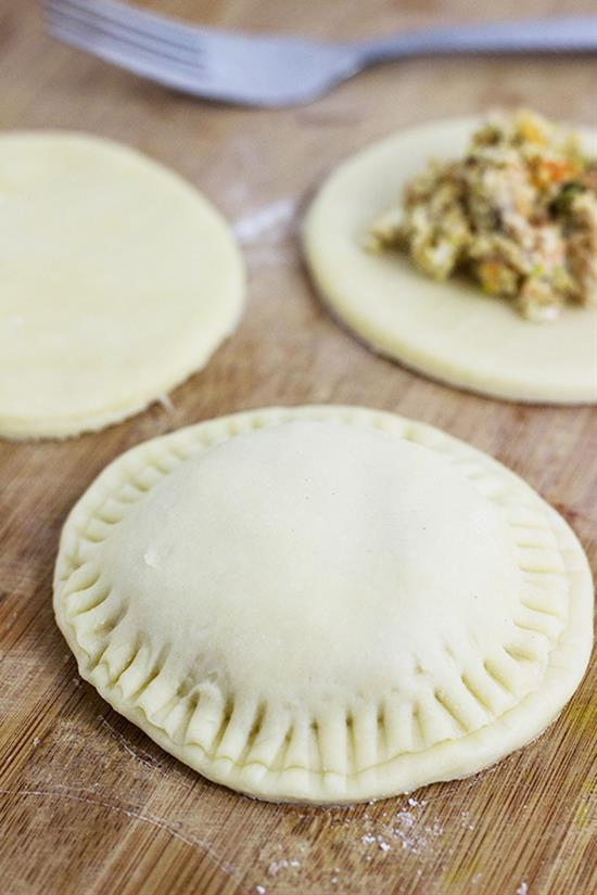 Cheesy Mini Meat Pies