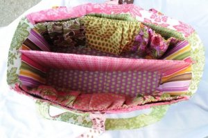Tons of great diaper bag tutorials and sewing patterns!