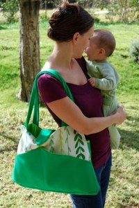 Tons of great diaper bag patterns and tutorials!