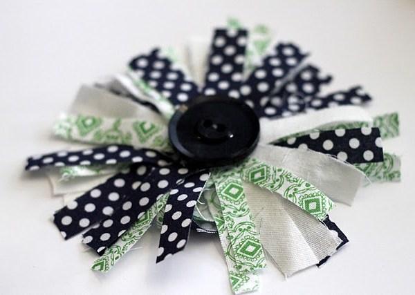 DIY fabric corsage
