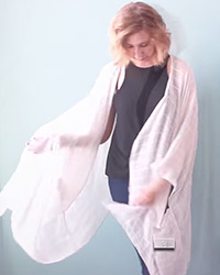DIY kimono from a scarf! Great (easy) tutorial.