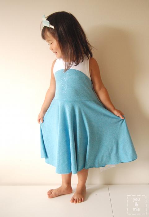 elsa frozen knit t-shirt dress tutorial