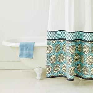 DIY shower curtain. No Sew.
