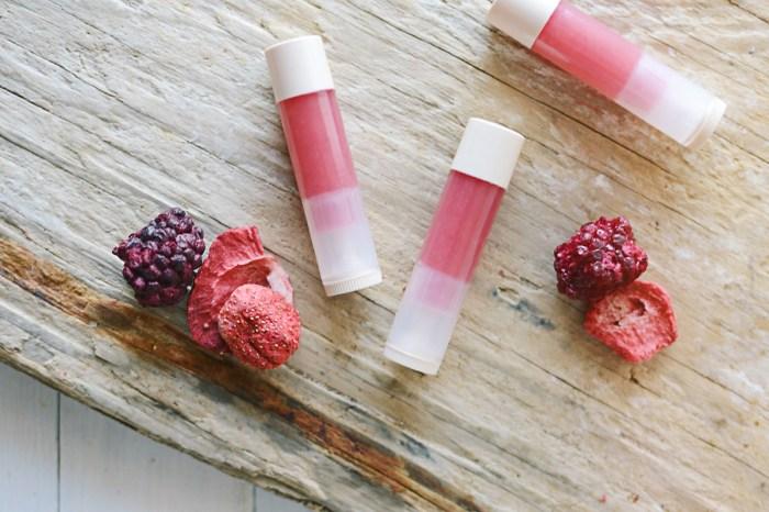 diy-berry-lip-balm