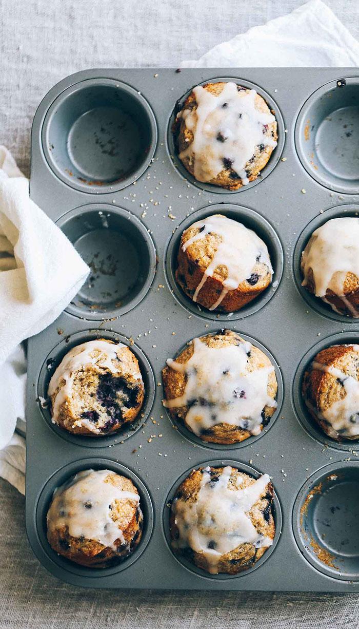 Whole heat blueberry muffin recipe by Pinch of Yum