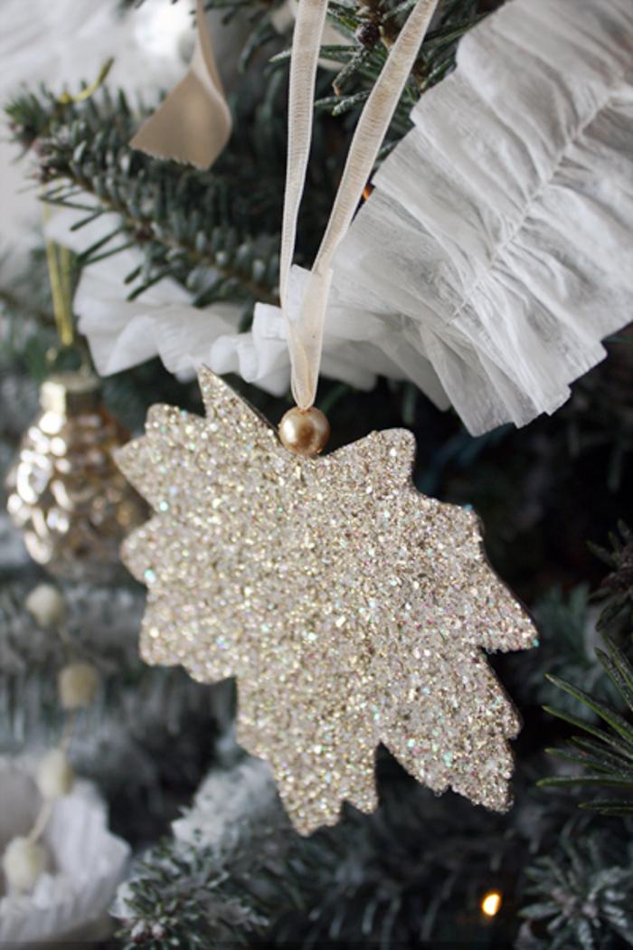 DIY Glitter Leaf Ornament
