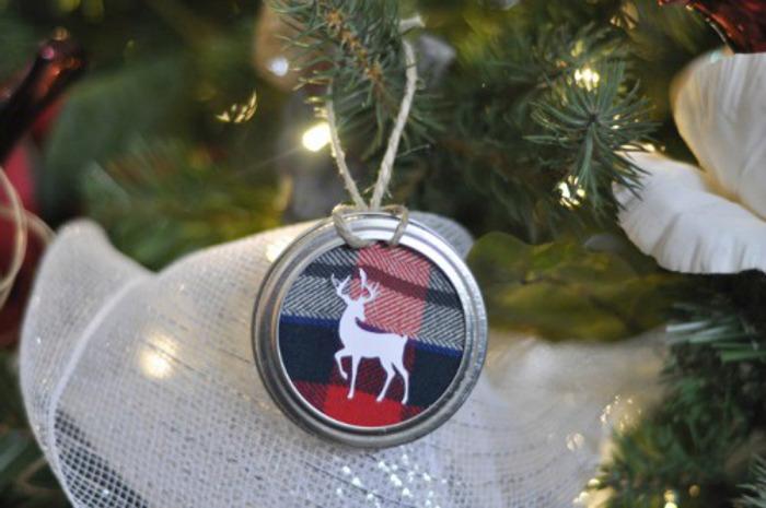 Mason Jar Lid Ornament