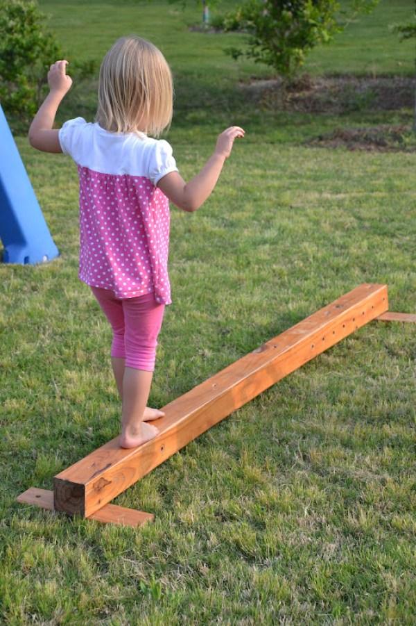 how to build an outdoor balance beam