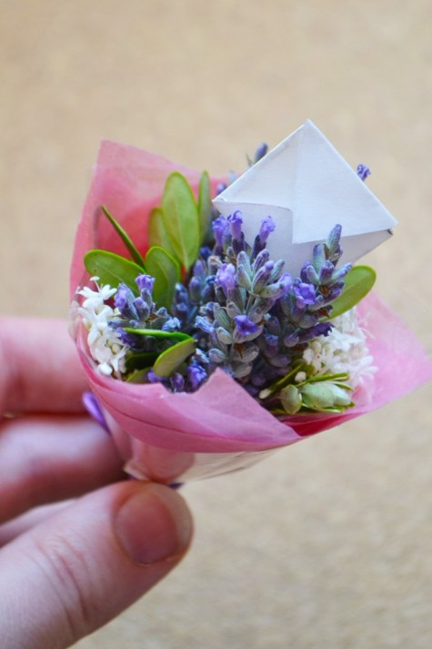 DIY miniature bouquet