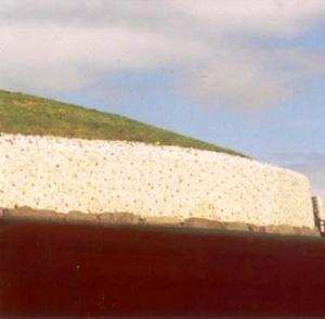 newgrange 2000