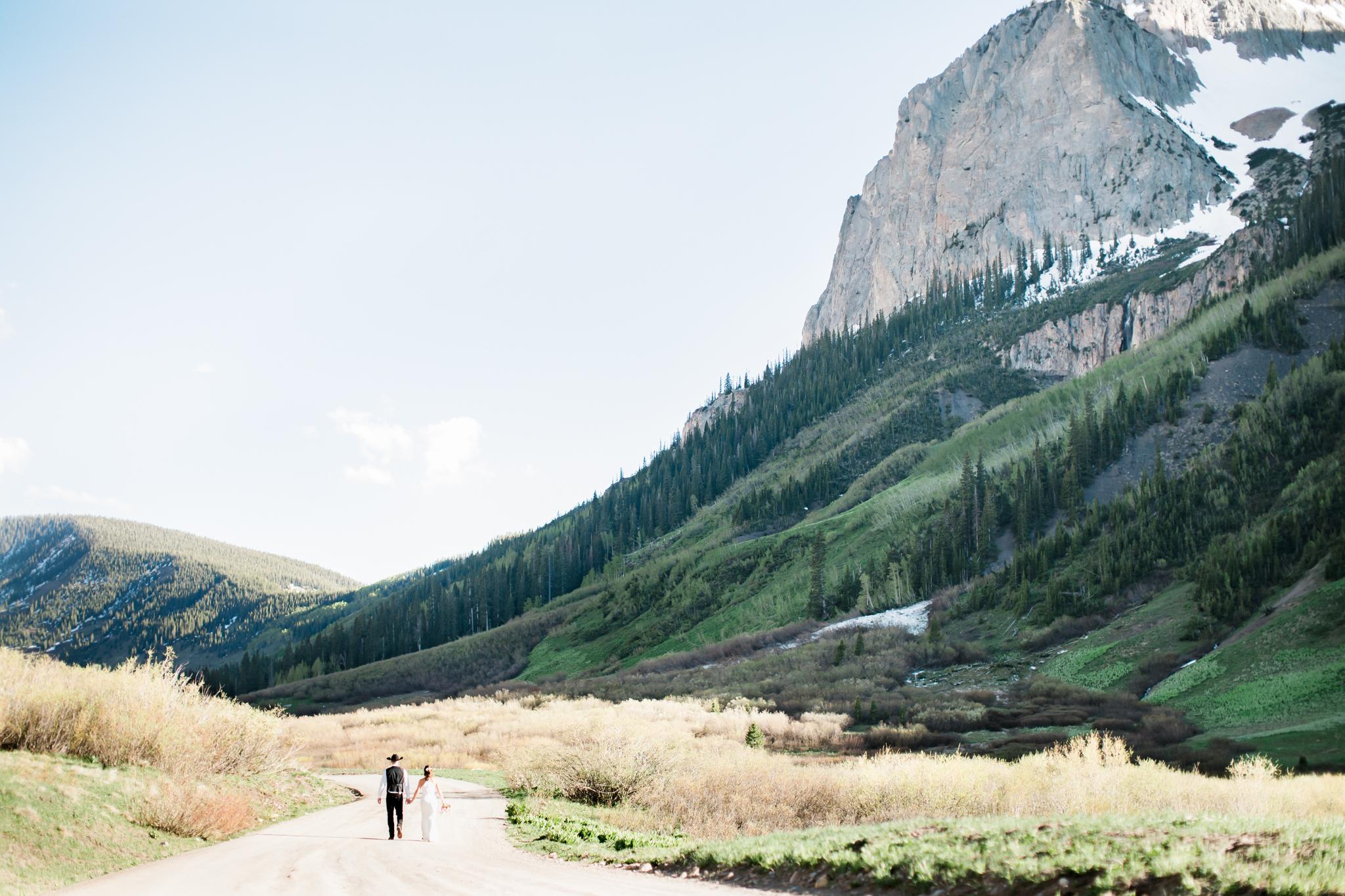 Crested_Butte_Mountain_Wedding_Garden-6