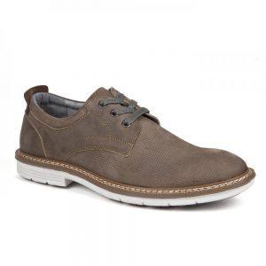 Pantofi pentru barbatii eleganti