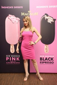 10. Lansare Magnum Pink and Black 1