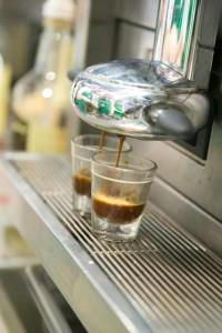 04.-Andreea-Ibacka-curs-barista-Starbucks