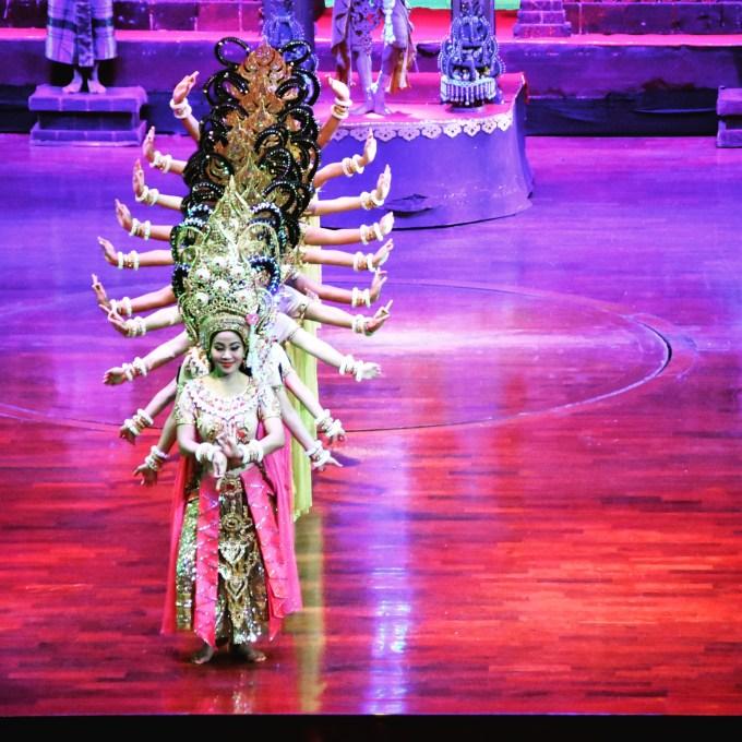 Nong Nooch Gardens Pattaya Thailand traditional dance