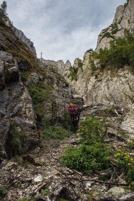 Tainele Bucegilor: Valea Găbinele