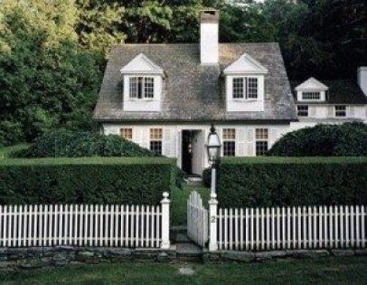 White Picket Fence Life