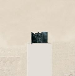 Vue sur la montagne 2, 2008, granit d'Inde, 23 x 35 x 20 cm
