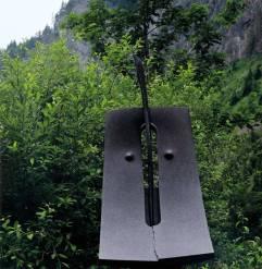 Passage, 2000, granit d'Afrique, 255 x 75 x 65 cm