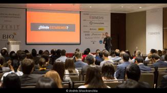 andres-silva-arancibia-marketing-digital-estrategia-transformación-seminarios-charlas-conferencias-talleres-eventos-congresos-experto-speaker-autor-lima-cx-summit-1