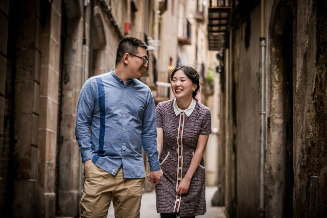 chinese engagement barcelona, pre wedding barcelona, preboda barcelona, japanese engagement barcelona, engagement barcelona, barcelona prewedding, love session barcelona