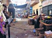 Un carrer del mercat d'Assuan