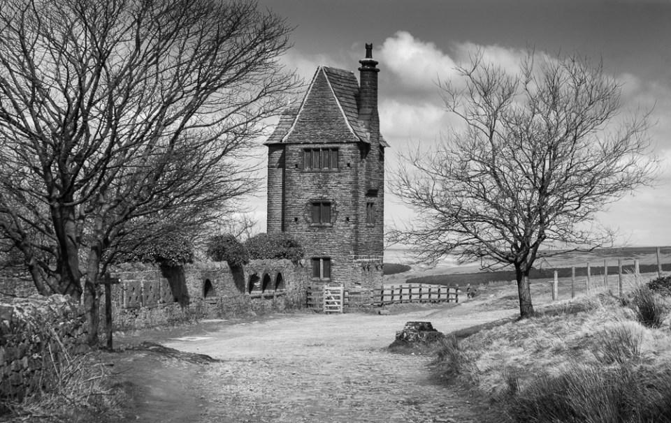 2 Sentries Pigeon Tower, Rivington