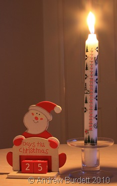 ADVENTBEGINS_Advent candle and countdown toy