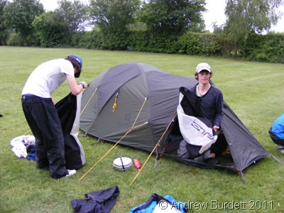 PTCHTENT_Co-DofE-ers getting ready for the evening ahead.