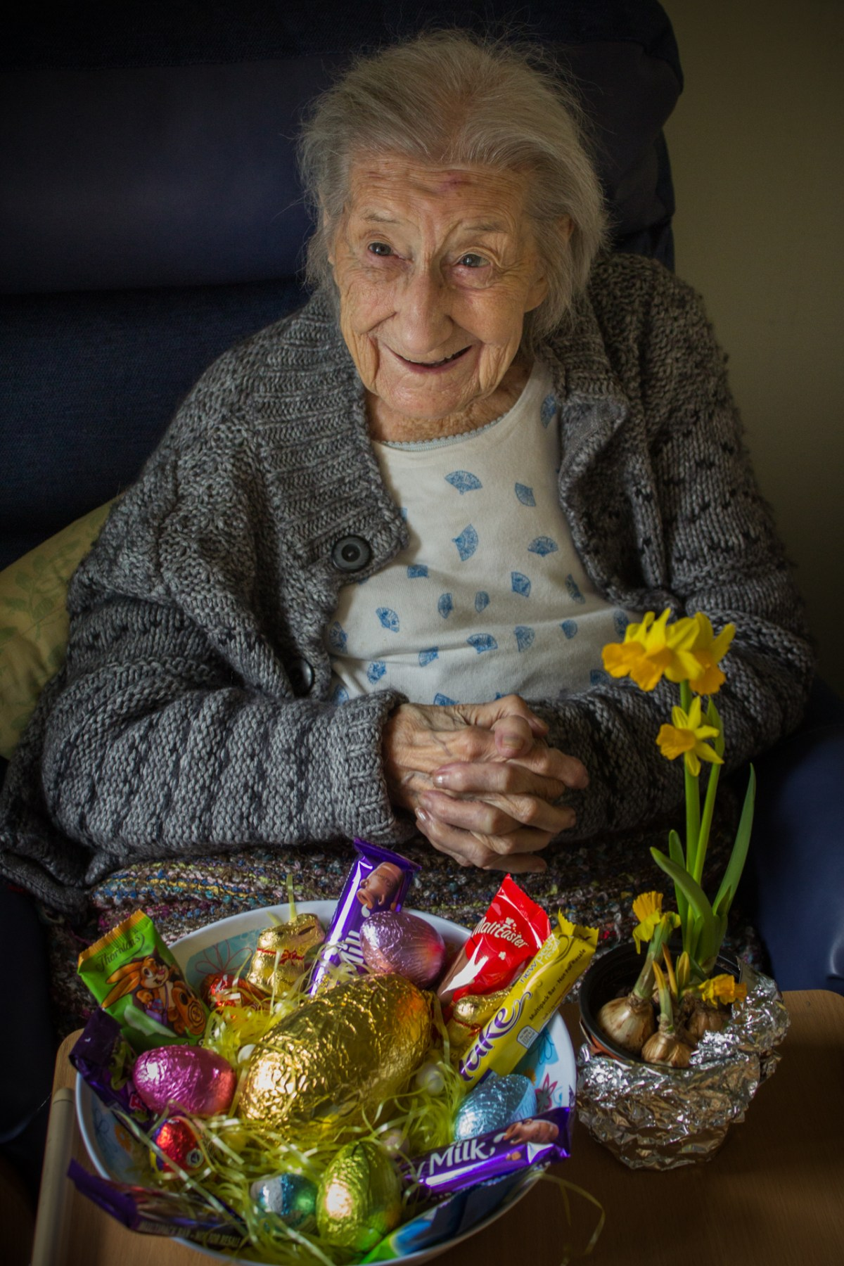 Dorothy seemed thrilled with the chocolate goodies we brought her.