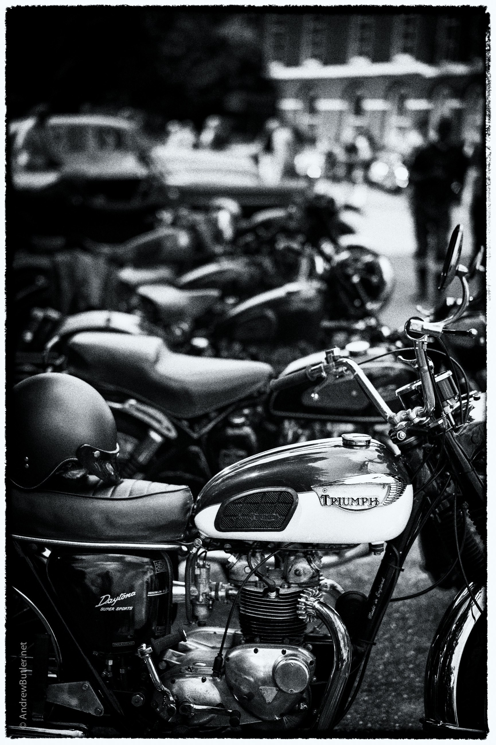 Turner Locker Revival Triumph Daytona Photograph TLBR_Honda by motorbike photographer by Andrew Butler of Exeter Devon