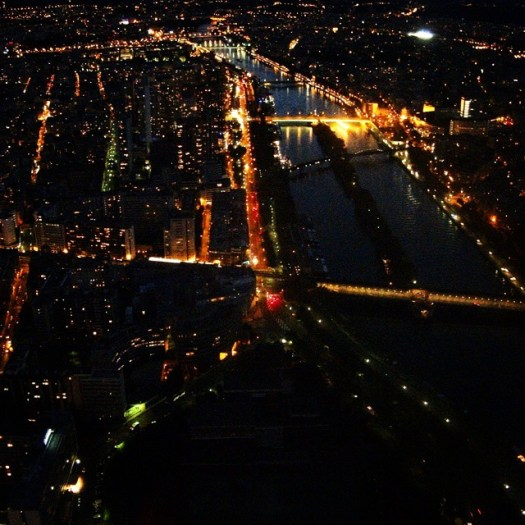 A vew from the Eiffel Tower at night