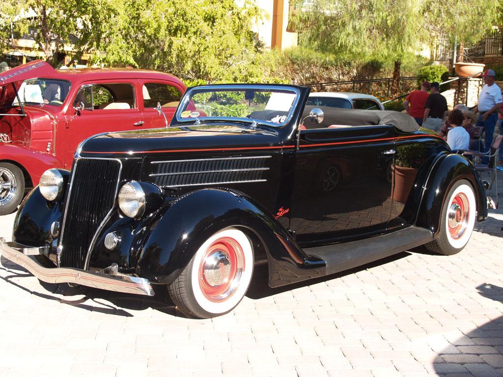 Classic Car at Lake Las Vegas Car Show 2011