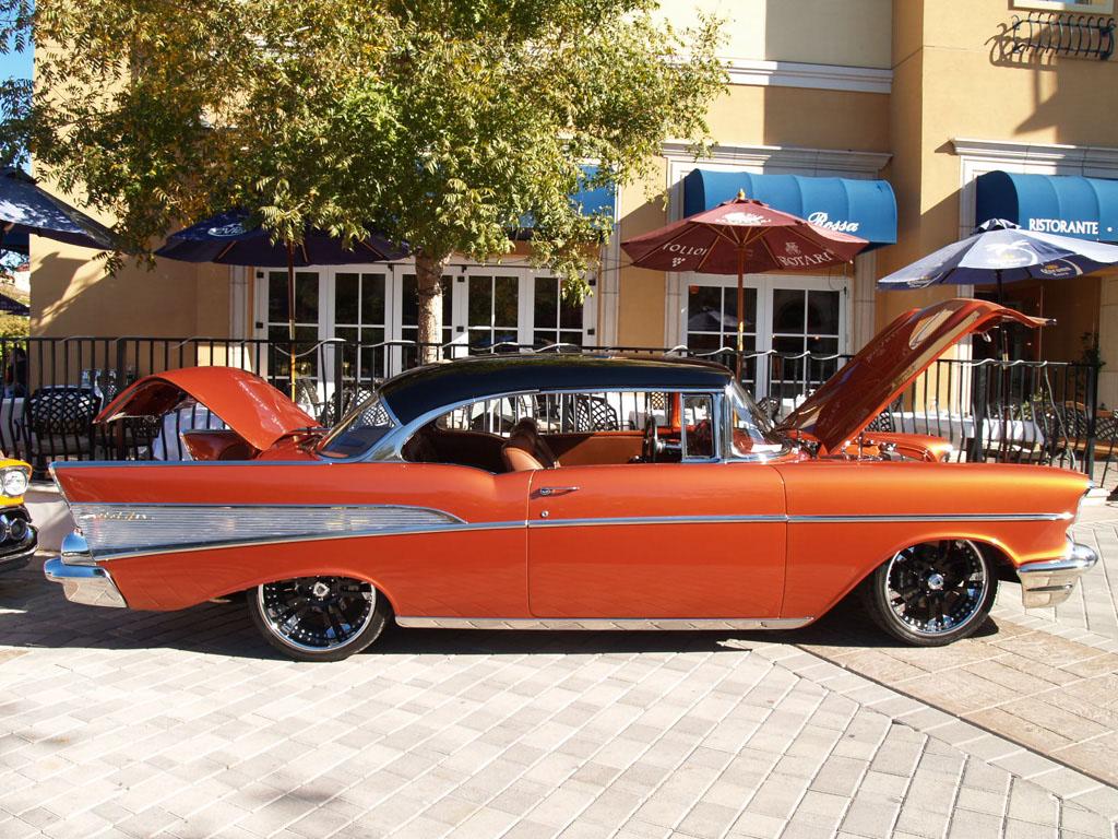 Custom Classic Cars at Lake Las Vegas Car Show 2011