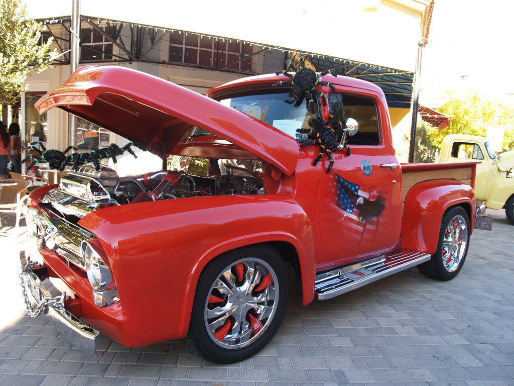 Custom Truck at Lake Las Vegas Car Show 2011